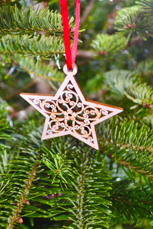 Wooden star tree decoration