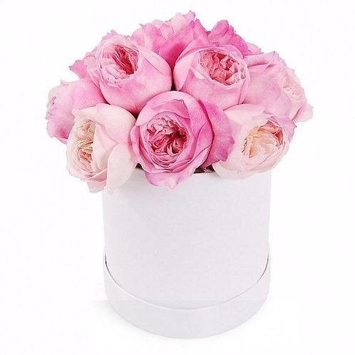 """15 пионовидных роз """"Лондон Ай"""" в шляпной коробке"""