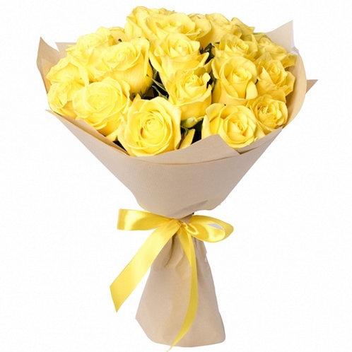 Букет из 19 желтых роз Пенни Лейн