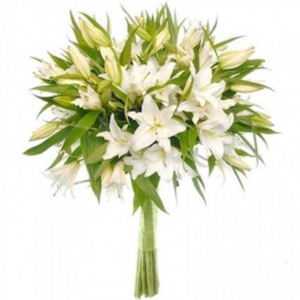 19 белых лилий