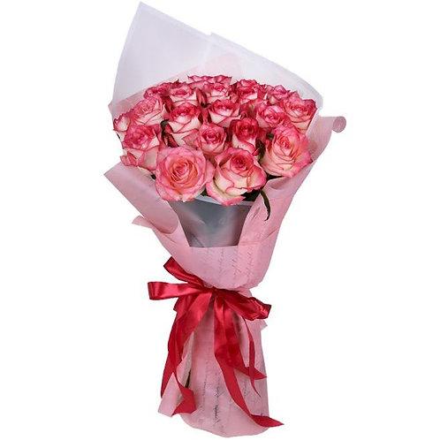 Букет из 19 роз Джумилия