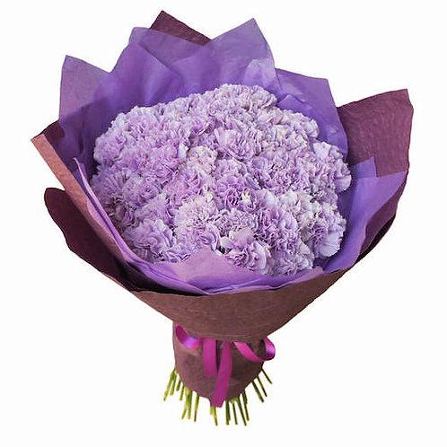 Букет 51 фиолетовая гвоздика