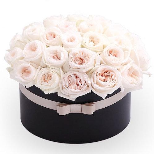 """51 пионовидная роза премиум Эквадор """"Пинк Охара"""" в шляпной коробке"""