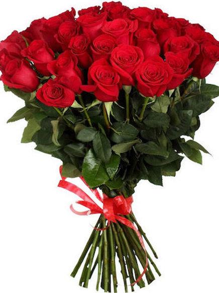 39 красных кенийских роз