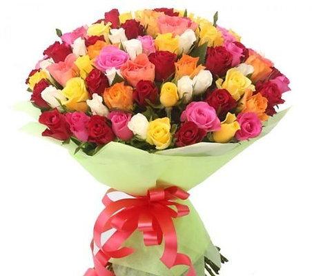 """Букет 101 кенийская роза """"Микс"""" 40 см"""