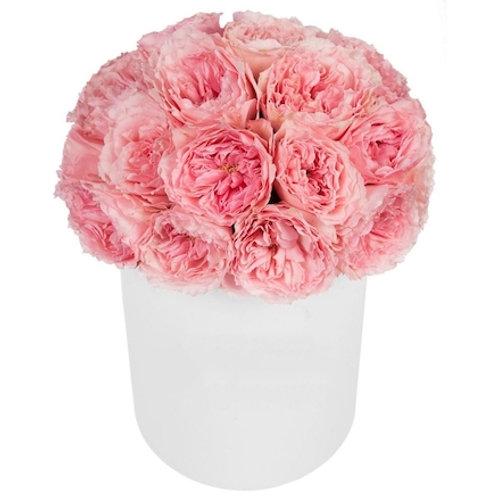 """31 пионовидная роза """"Лондон Ай"""" в шляпной коробке"""