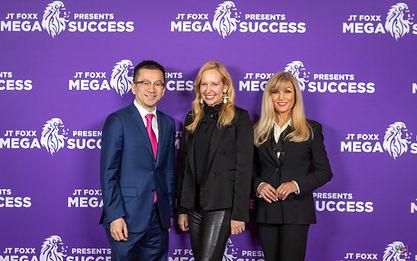 MEGA_SUCCESS_11_22_2019_FR_Women_panel-7