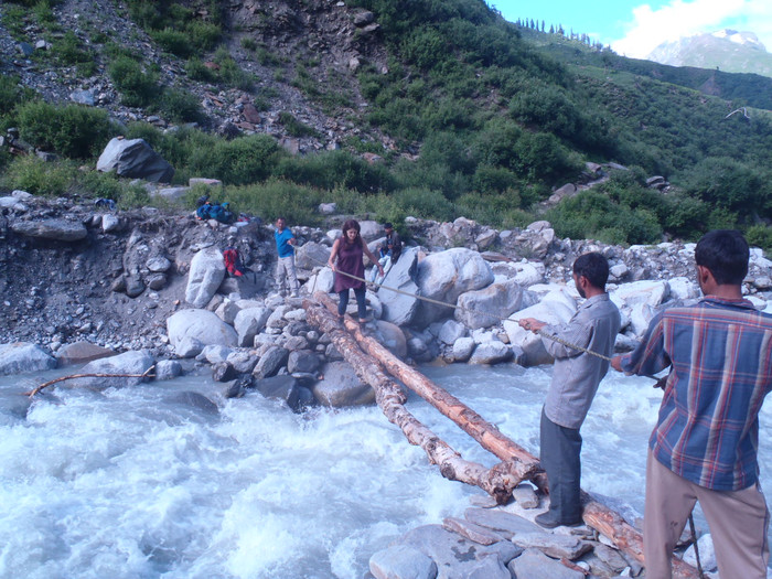 What have I ever lost by dying - In India, if the ice bridge melts, just use a Ceder log
