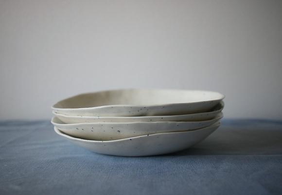 Assiette creuse en porcelaine D19cm