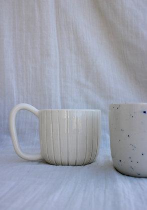 Tasse à thé cannelée