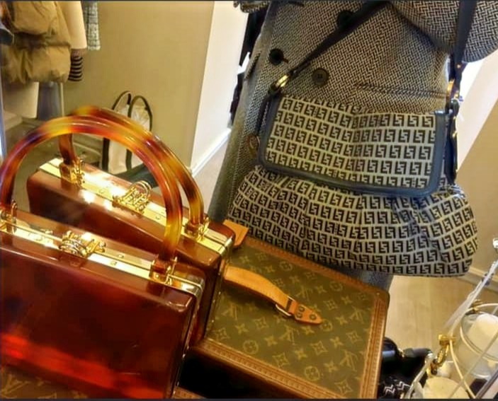 Deco' Vintage Boutique
