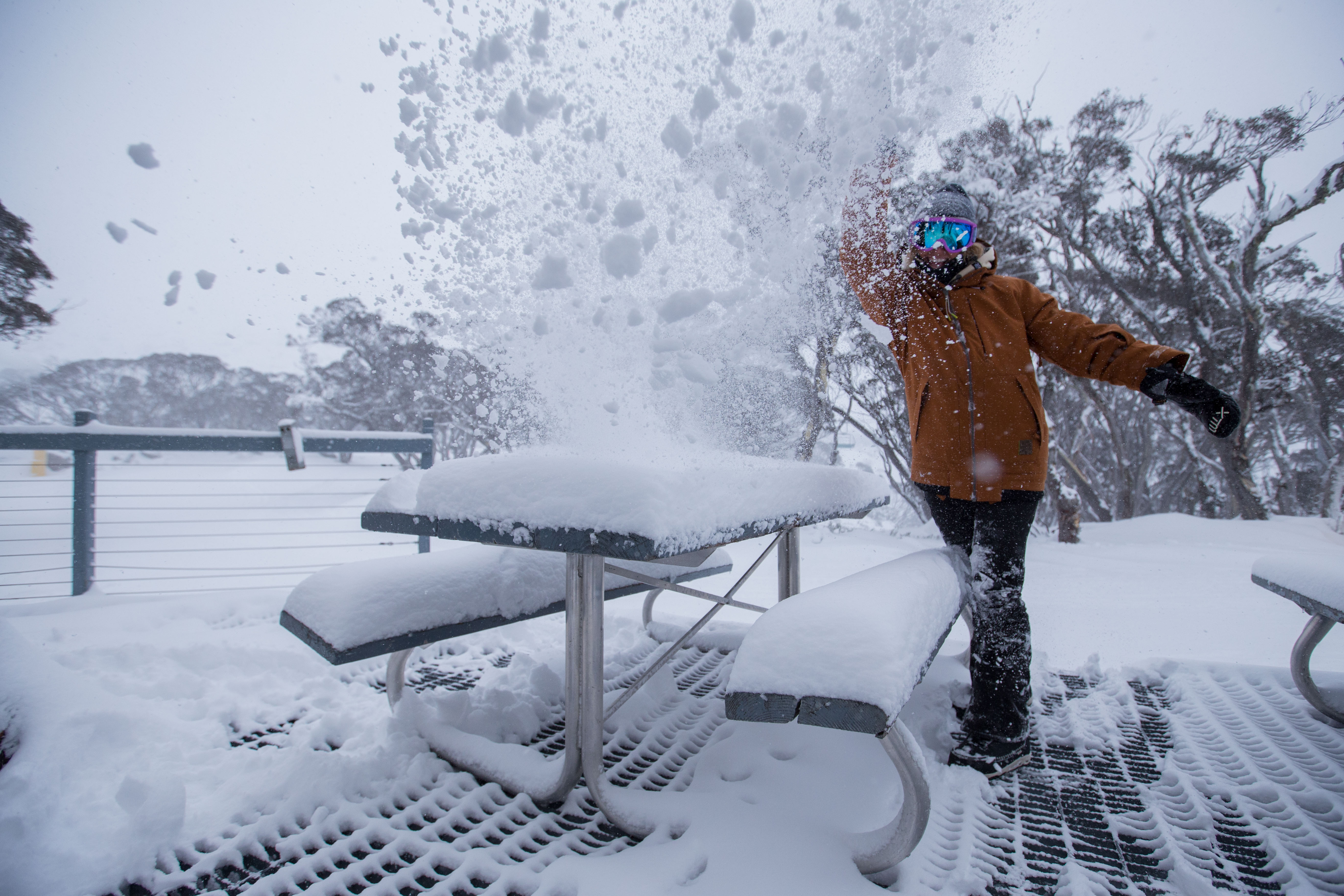 Perisher snowfalls at Mid Station
