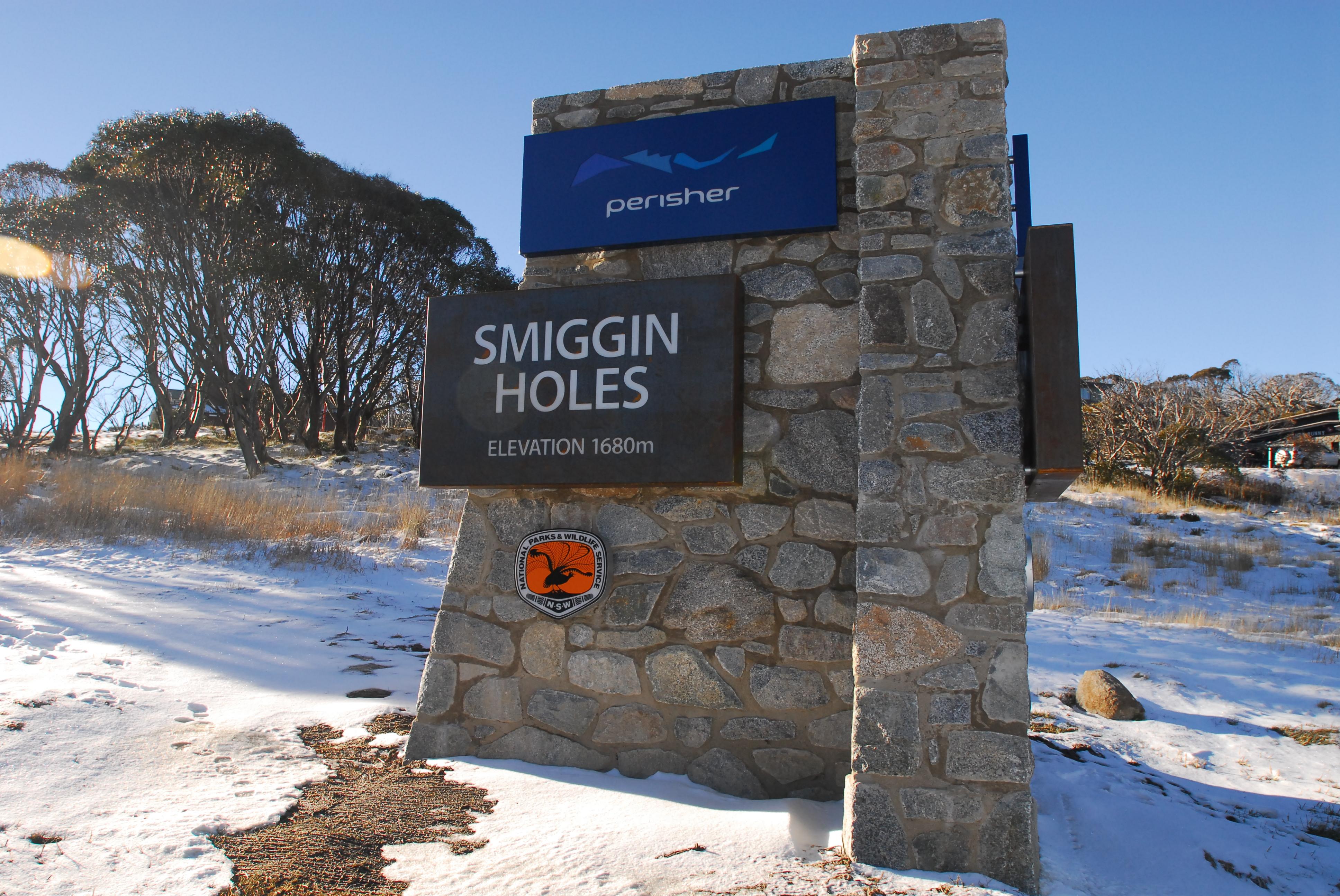 Perisher smiggins ski resort sign