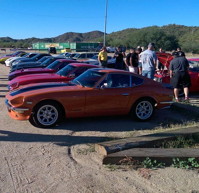 Had a nice drive up the hill with these Datsun nuts this morning.  We went to Rock Springs Cafe for
