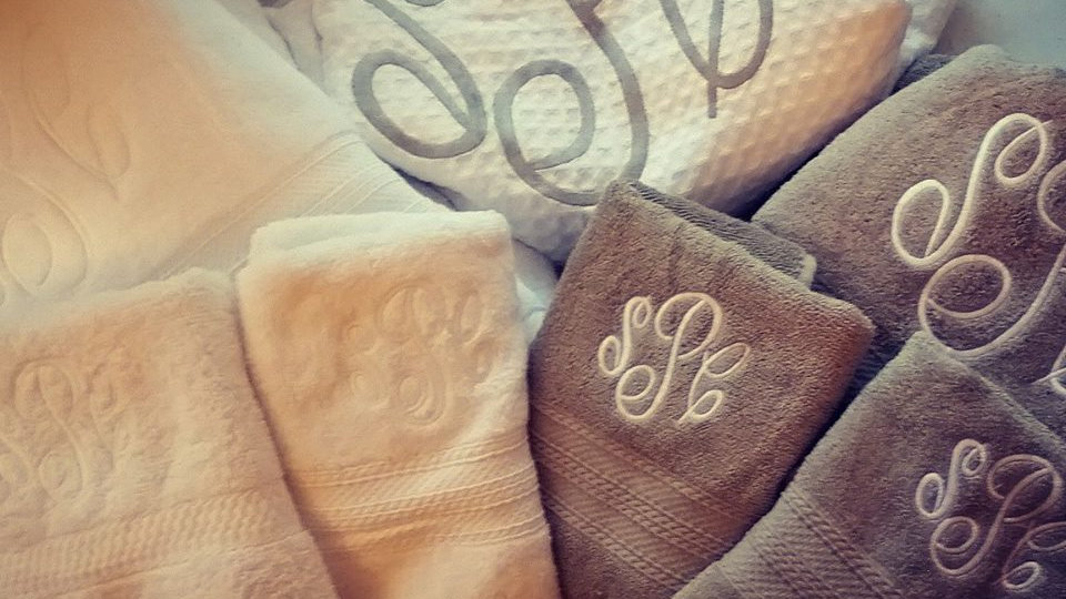 Large Monogram/Embroidery (1-3 Letters or Name)