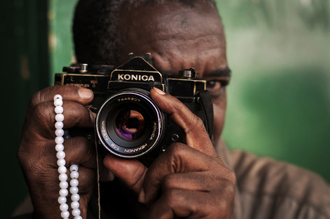 A local Guinean Photographer