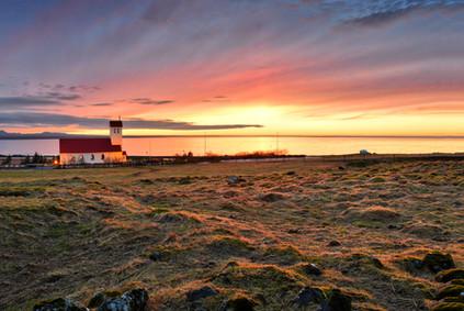 Igreja Hvalsneskirkja na Península de Reykjanes - Islândia