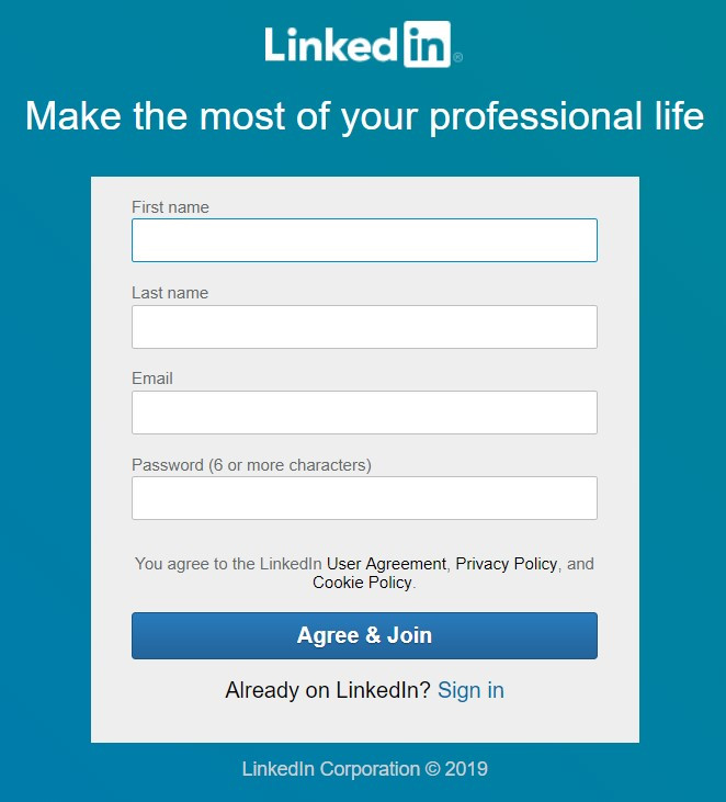 Top aligned labels above fields in LinkedIn sign up form