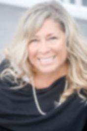 Lisa-Christine-Business-Coach-Motivational-Speaker-Lisa-Summerville