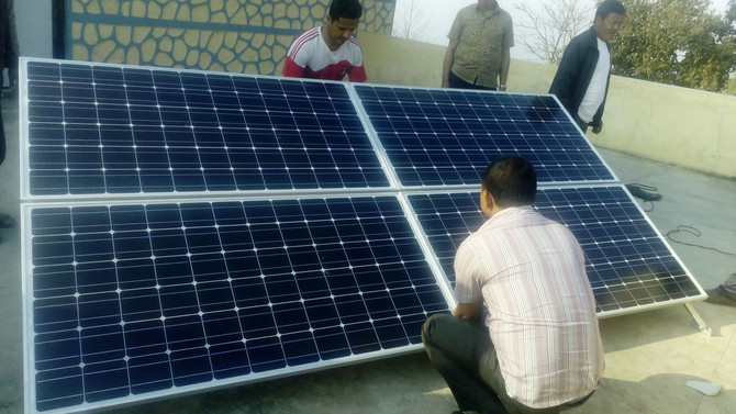 醫療站太陽能板