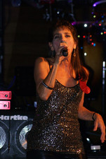 Listen to Donna O on ReverbNation
