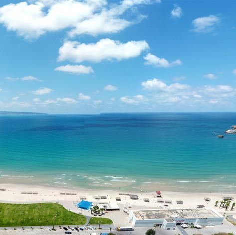 צילום אוויר חוף עכו.jpg