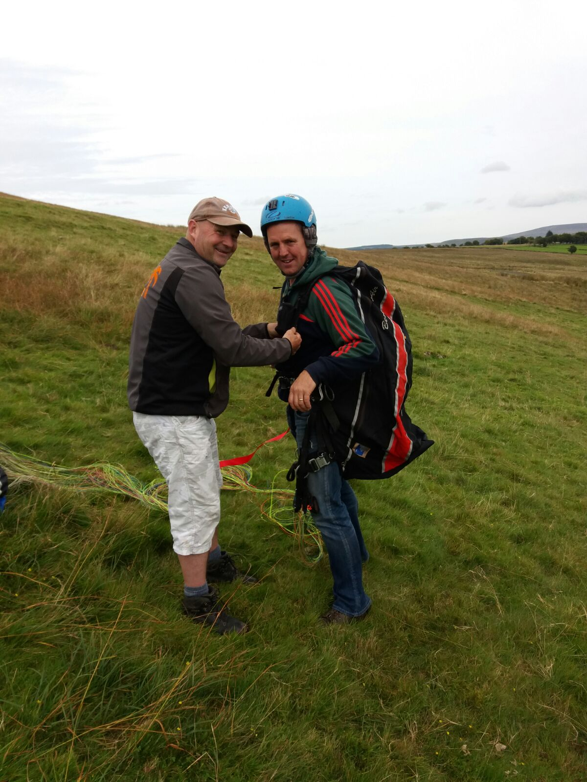 big colin paragliding