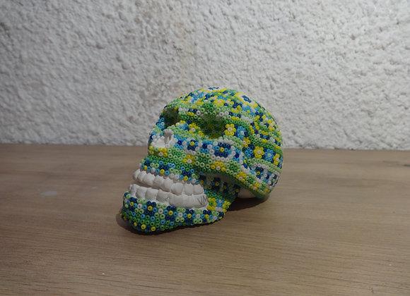 Crâne perlé fleuri pal