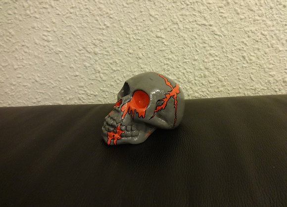 Crâne céramique gris sanglant