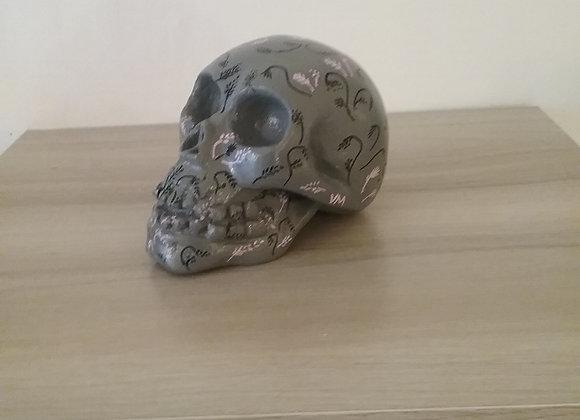 Crâne céramique gris noir rose