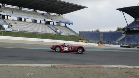 Nürburgring_Mercedes_Benz_Kurve-028.JPG