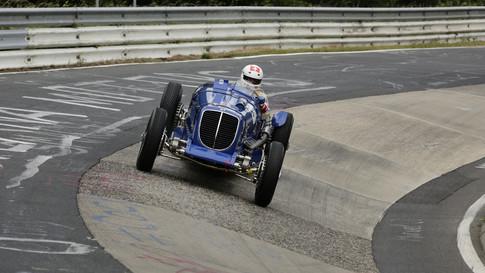 Nürburgring_Karussell_außen-028.JPG