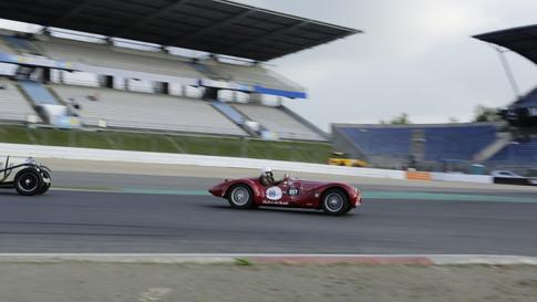 Nürburgring_Mercedes_Benz_Kurve-044.JPG