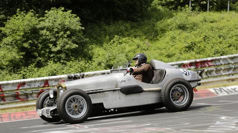 Nürburgring_Brünnchen-023.JPG