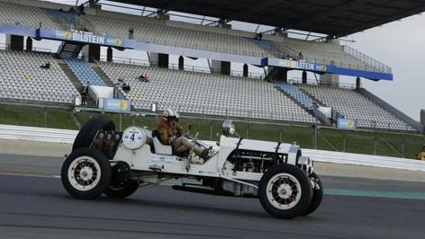 Nürburgring_Mercedes_Benz_Kurve-032.JPG