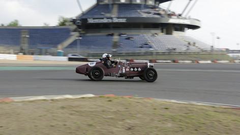 Nürburgring_Mercedes_Benz_Kurve-004.JPG