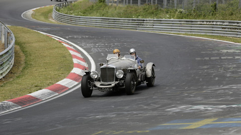 Nürburgring_Brünnchen-030.JPG