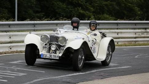 Nürburgring_Karussell_außen-031.JPG