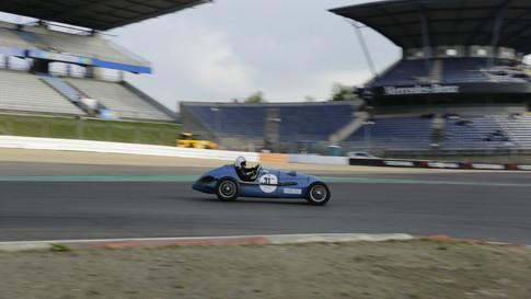 Nürburgring_Mercedes_Benz_Kurve-009.JPG