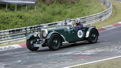Nürburgring_Brünnchen-008.JPG