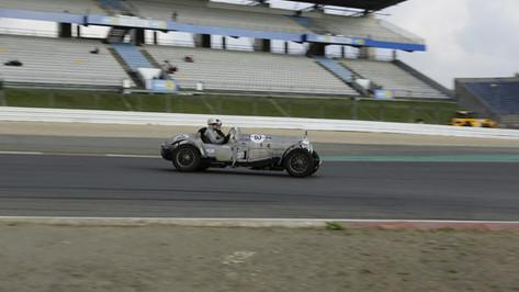 Nürburgring_Mercedes_Benz_Kurve-001.JPG