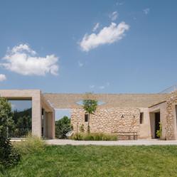 210608 Al Descubierto Villa Icaria 026.jpg