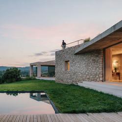 210608 Al Descubierto Villa Icaria 092.jpg