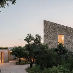 210608 Al Descubierto Villa Icaria 089.jpg
