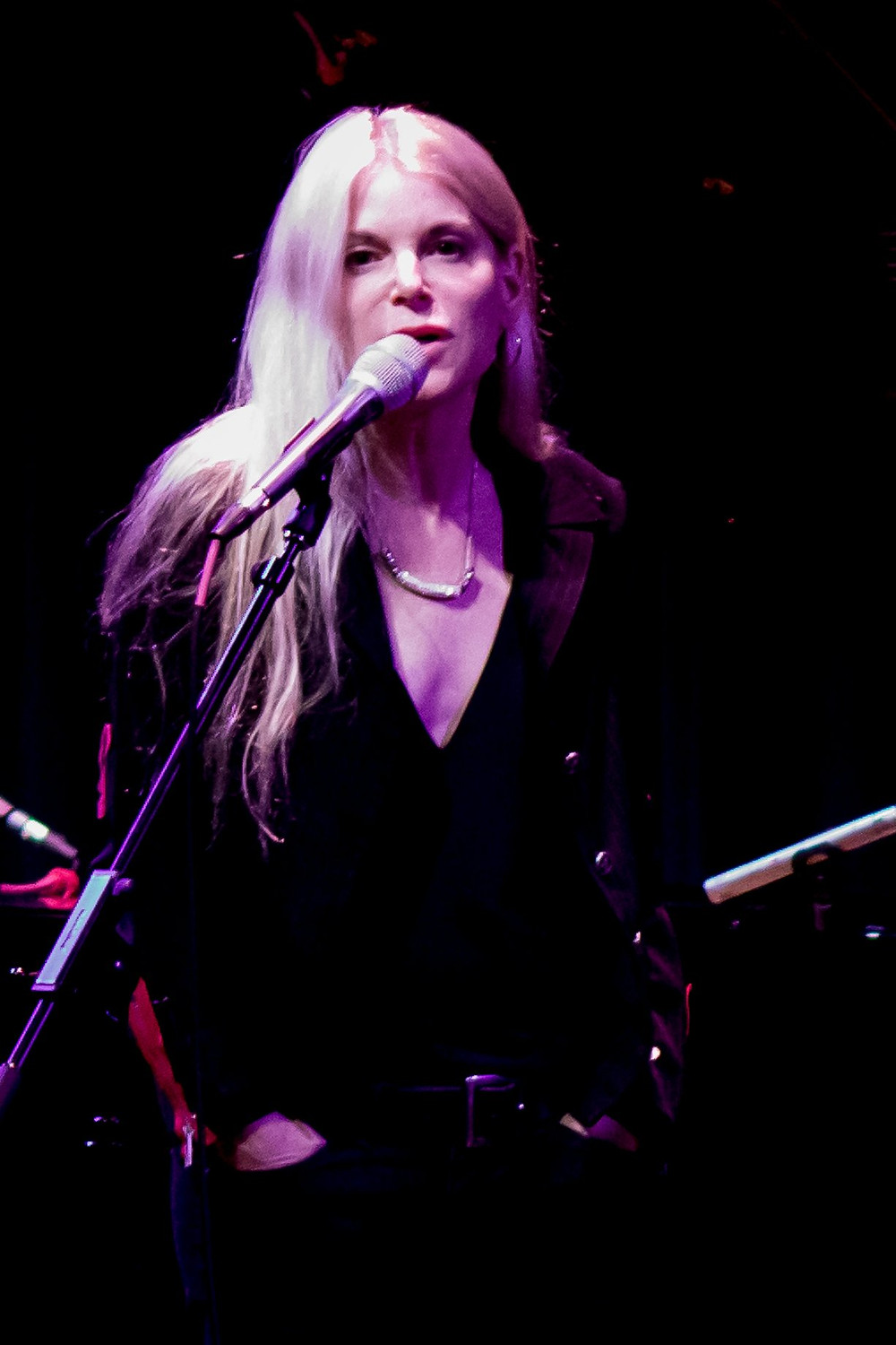 Thanks to Gene Mock for the photo, taken at Freight and Salvage, in Berkeley, CA.