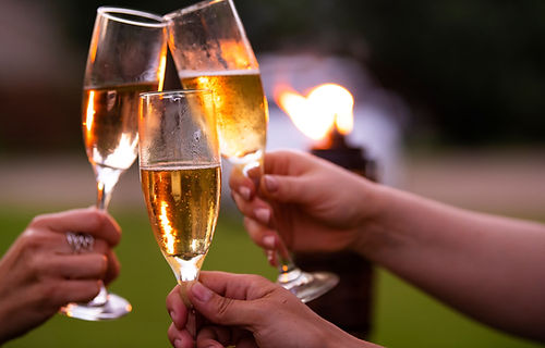 Cheers Minnesota Sparkling Wine