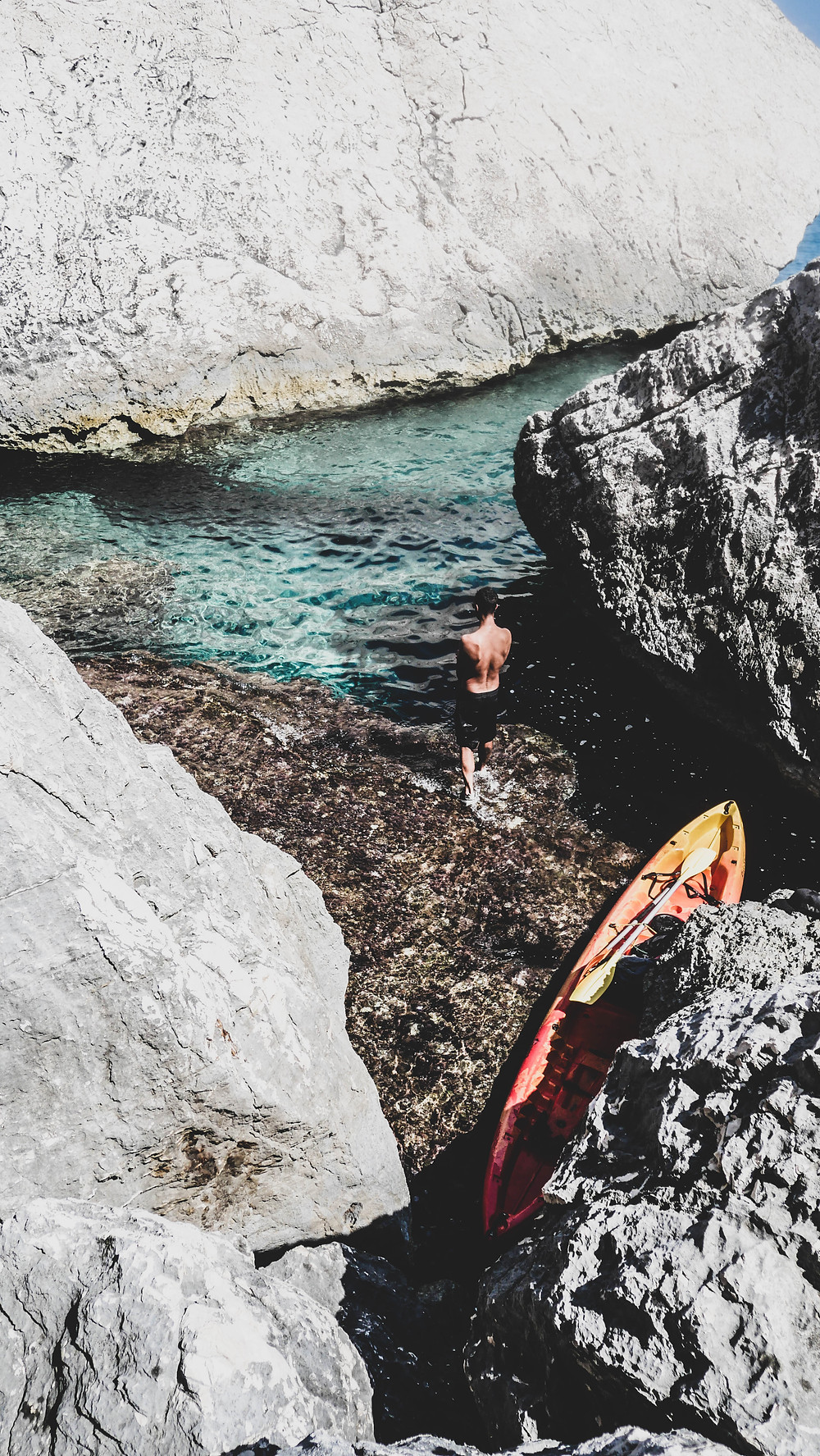 Kayak Cala Luna - 1 semaine de Roadtrip en Sardaigne - Céline Descroix
