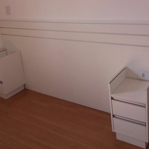 Painel para cama casal com 2 criados no condominio Ecovita Buritis