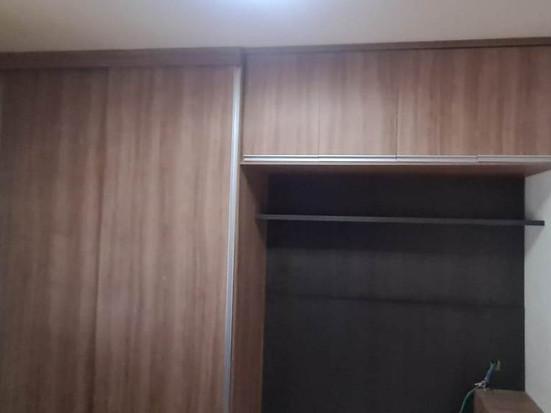 Guarda roupa 2  portas de correr, Armário aereo painel para cama e criado