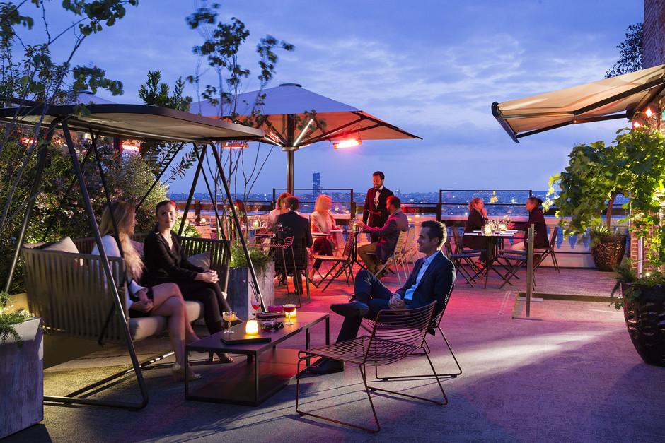 The best Rooftops Bars in Paris